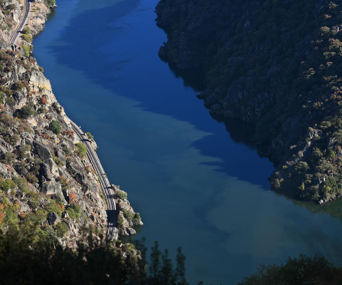 Linha do douro vista de cima, imagem 2